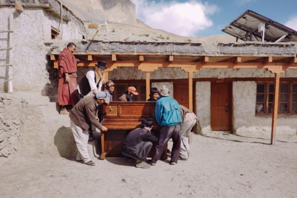 "Una scena del film ""Piano to Zanskar"""