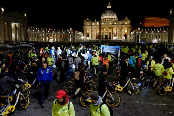 Earth Hour 2018 a San Pietro (archivio Wwf - foto F. Mirabile)